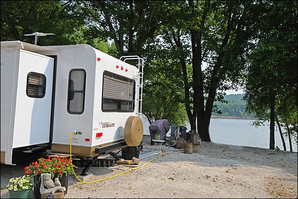 RV camping on the Ohio River
