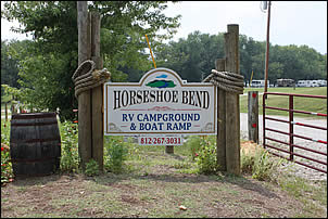 entrance to Horseshoe Bend RV Campground, Cabins & Boat Ramp