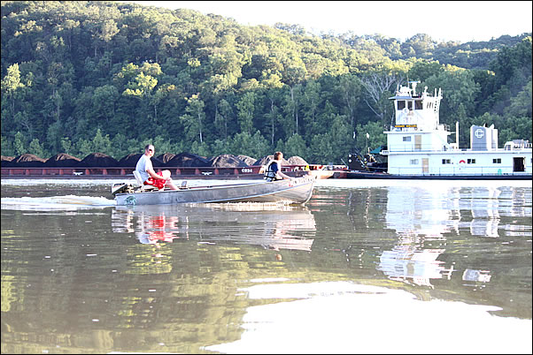 boating on the Ohio River